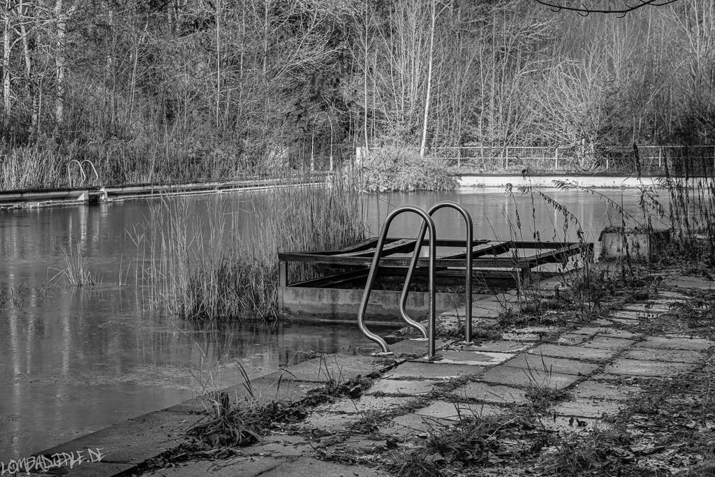 Das verlassenes Freibad